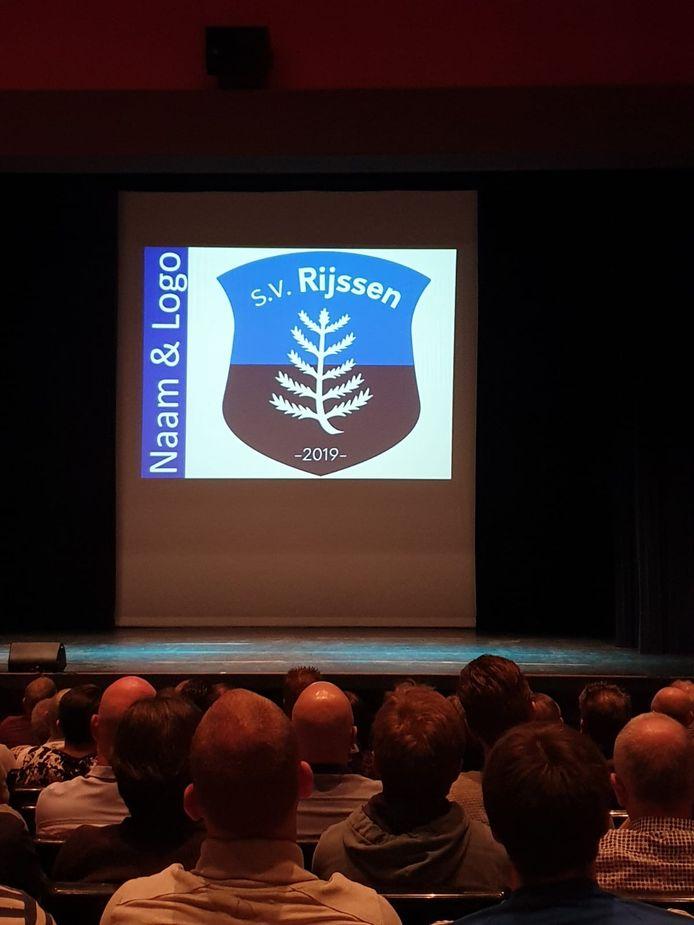 Het nieuwe logo werd voorafgaand aan de stemming in het Rijssense Parkgebouw gepresenteerd