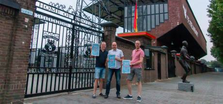 Zwolse broers gaan op één dag met PEC-poster op de foto bij alle eredivisiestadions: 'Oppassen in Deventer'