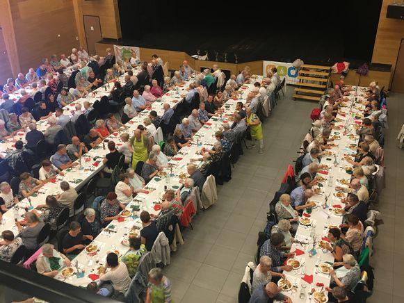 De langste tafel in Kinrooi