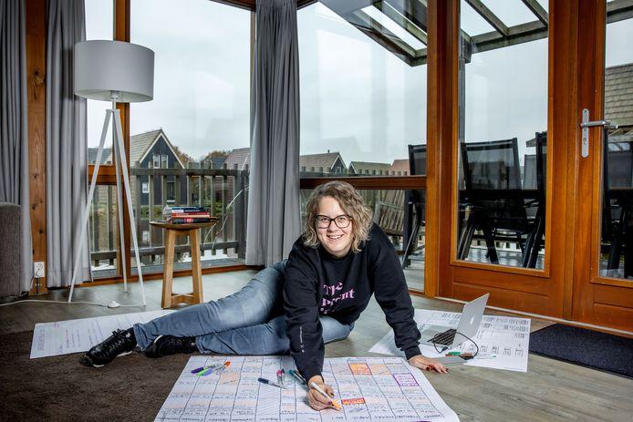 Saskia van Klaarbergen kwam in een vakantiehuis wel toe aan het maken van een jaarplanning.