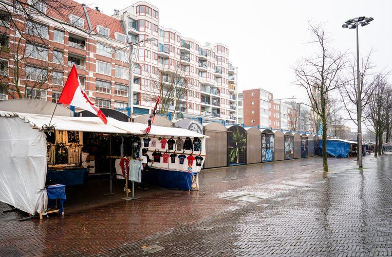 Het Waterlooplein aan het begin van de pandemie. Beeld Hollandse Hoogte /  ANP