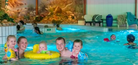 Zo gemist, die typische zwembadgeluiden, ook in Bosbad Putten