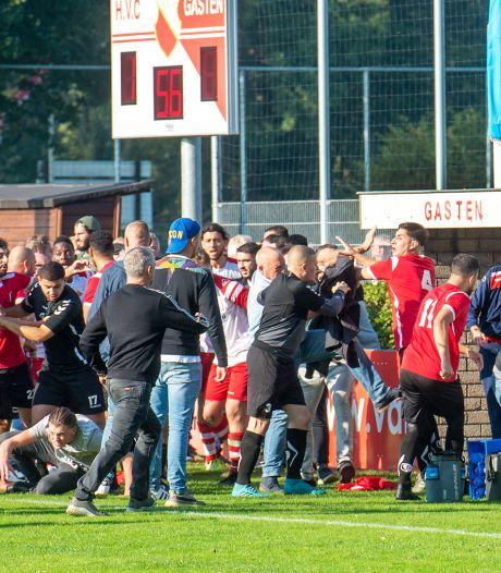 Supporters met elkaar op de vuist bij derby tussen HVC en KVVA