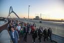 Veel deelnemers aan de Sunset March.