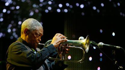 Zuid-Afrikaanse jazzmuzikant en activist Hugh Masekela (78) overleden