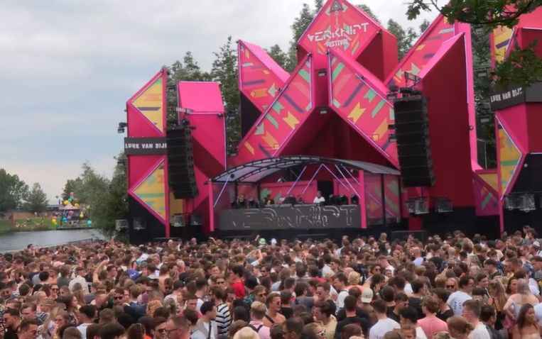 Het tweedaagse festival Verknipt vond plaats op 3 en 4 juli in Utrecht. Inmiddels is het Nederlandse nachtleven weer op slot. Beeld AD