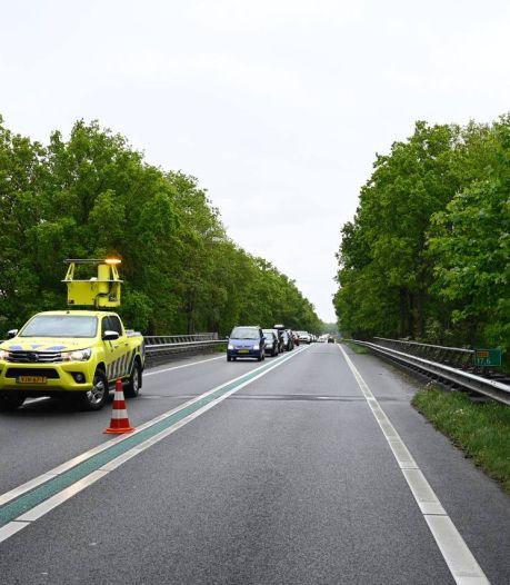 Verkeersopstopping na ongeluk in Westerhaar-Vriezenveensewijk