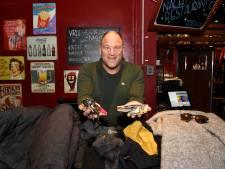 Op te halen in café Victoria: achtergelaten jassen, (auto)sleutels en betaalpassen