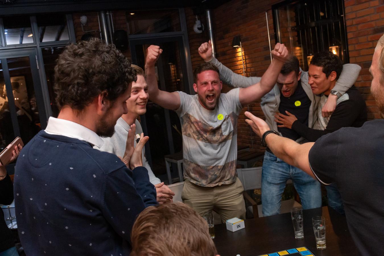 Wie raadt de meeste begrippen tijdens het kampioenschap 30 Seconds in Enschede?