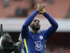 """""""Injouable"""", """"complet"""", """"plus fort"""": l'Angleterre bluffée par les débuts de Romelu Lukaku avec Chelsea"""