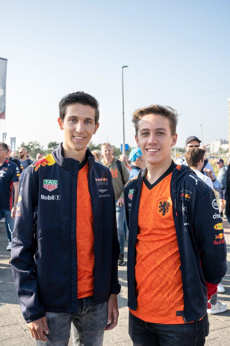 Tim (links) en Niek Joosten. Beeld Bram Petraeus