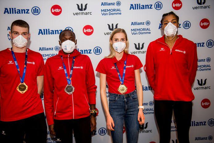 Quatre des cinq médaillés: Thomas Carmoy, Isaac Kimeli, Elise Vanderelst et Nafissatou Nafi Thiam.