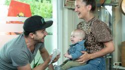 """Dean Delannoit is zanger, cafébaas én nu ook vader: """"De babyfoon staat mee achter de toog"""""""