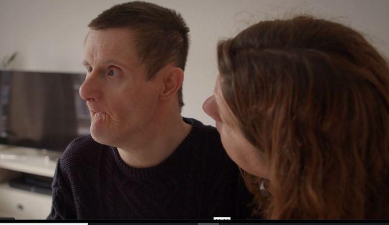 Albert-Jan en zijn zus Janine in de documentaire Voor jou wil ik zijn. Beeld