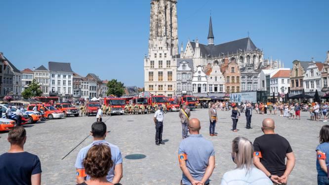 Emotioneel herdenkingsmoment op Mechelse Grote Markt voor slachtoffers van overstromingen