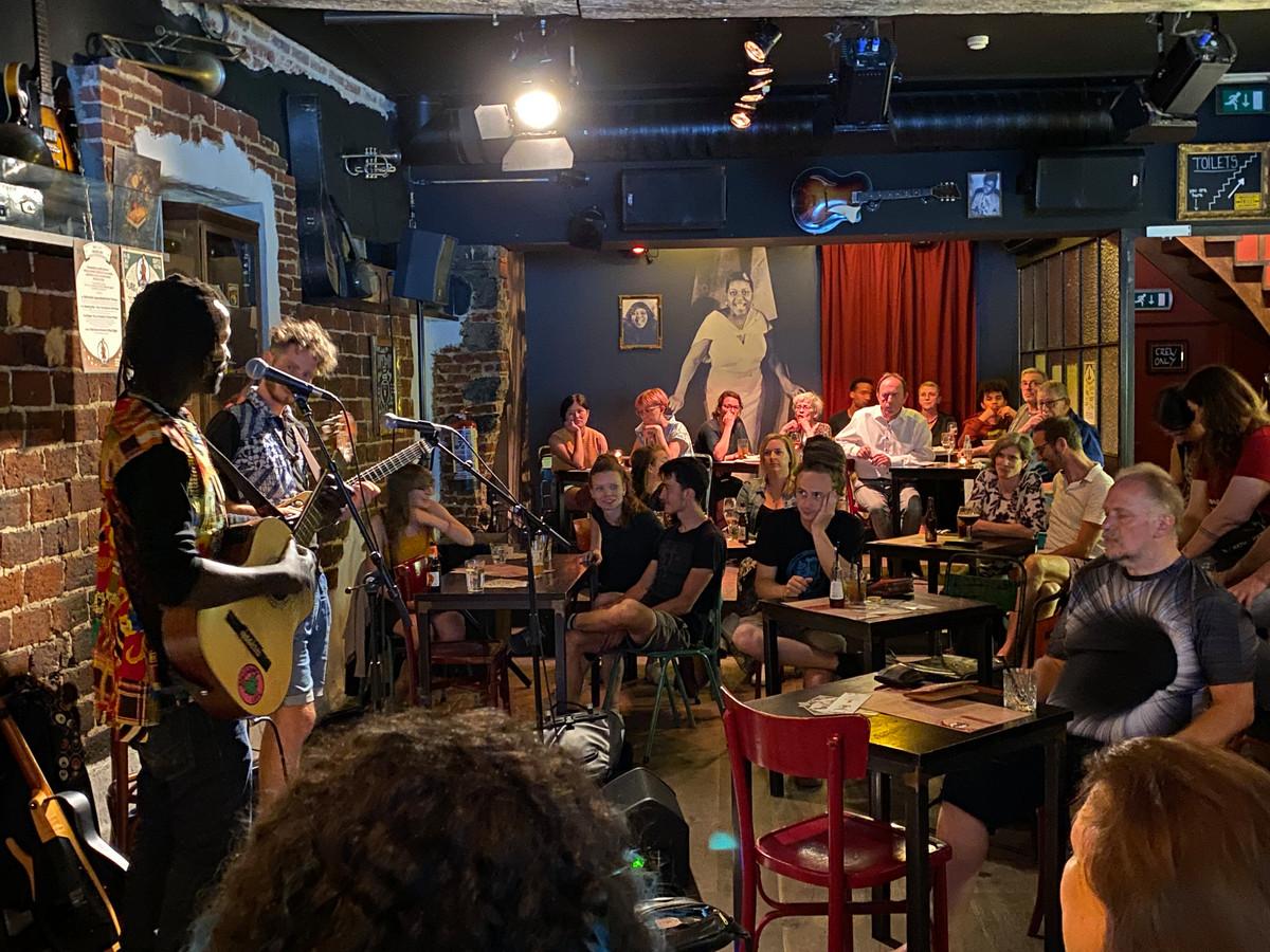 optreden in de Missy Sippy, van Rafaele Visconti & Ismael Ndoye