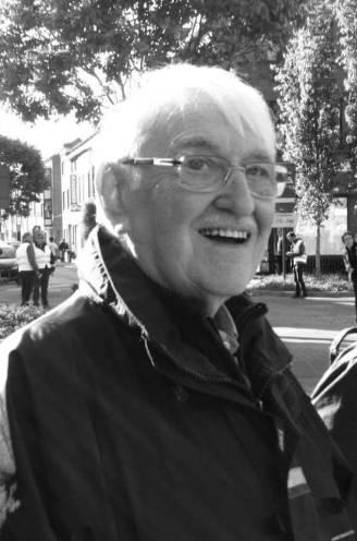 """Bezieler van Aalst Carnaval Kamiel Sergant (86) is niet meer: """"Het ging al even bergaf, maar tot op het einde bleef hij 'voesj doeng'"""""""