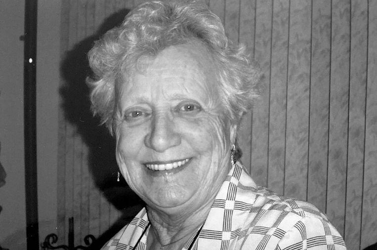 Lies Saelman droeg haar bijnaam, de burgemeester van Sloten, met trots. Beeld -