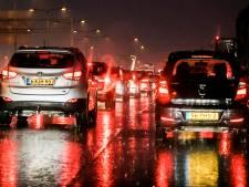 Lange vertraging op A12 richting Utrecht door ongeval