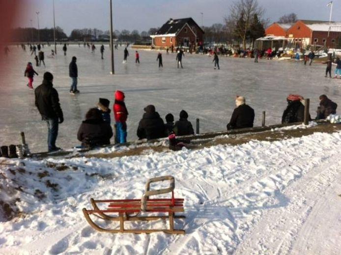 De ijsbaan in het buitengebied van Lievelde. Foto: De Gelderlander