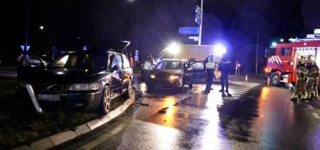 Inzittende uit autowrak bevrijd na aanrijding in Sint Anthonis