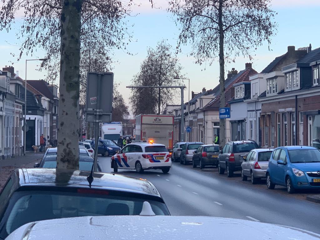 Ongeval centrumring Bergen op Zoom, vrouw gewond.