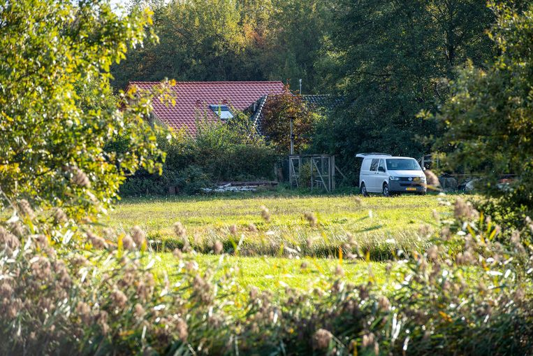 De bewuste boerderij in het Nederlandse Ruinerwold. Beeld Photo News