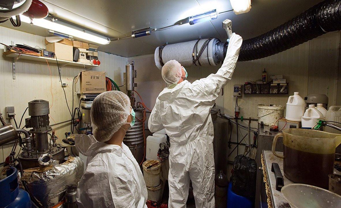 Een opgerold xtc-lab.