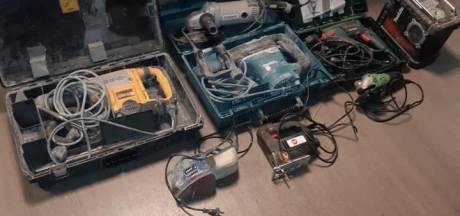 Politie vindt gestolen boren en elektrische zagen in auto bij controle in Barneveld