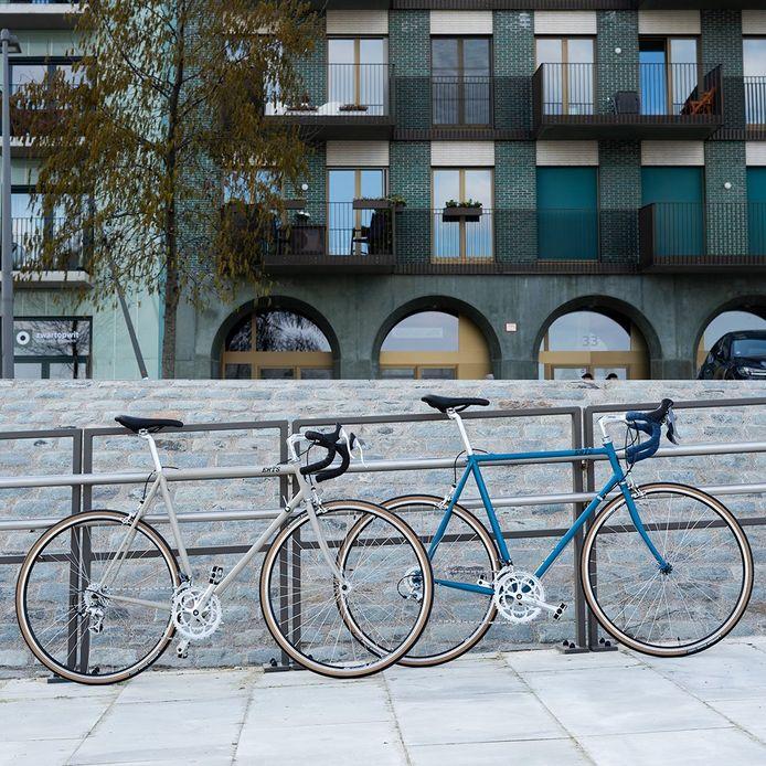 De fietsen van Erts Cycles zijn voor de helft blinkend en de andere helft mat gelakt.