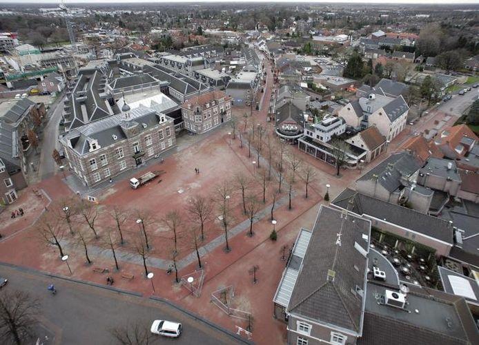 Het centrum van Deurne gezien vanuit de torenspits van de Sint-Willibrorduskerk.