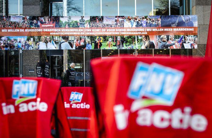 Vorig jaar november kwamen zorgmedewerkers in actie op het plein voor de Tweede Kamer.