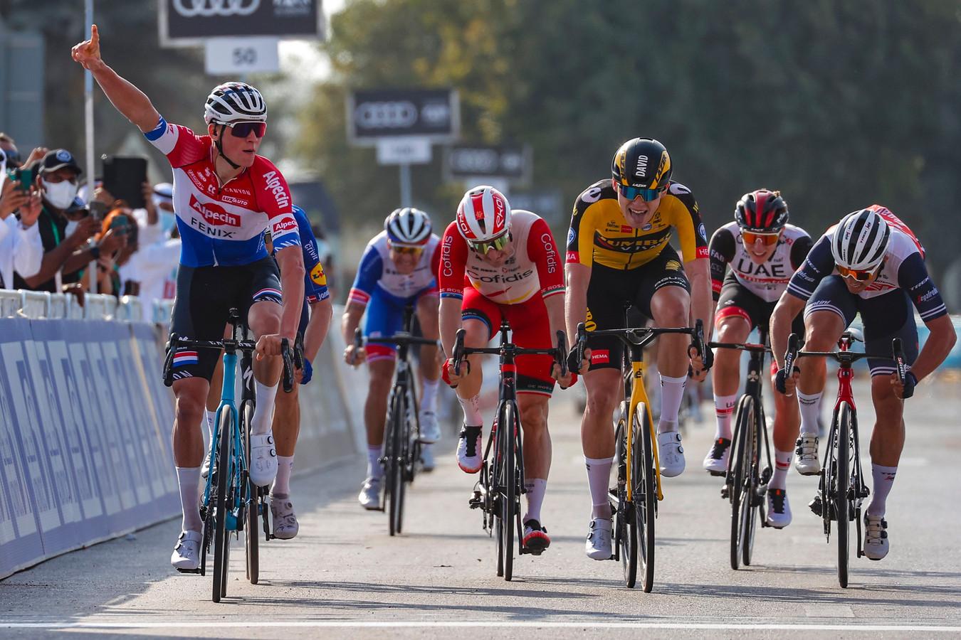Mathieu van der Poel in de UAE Tour.