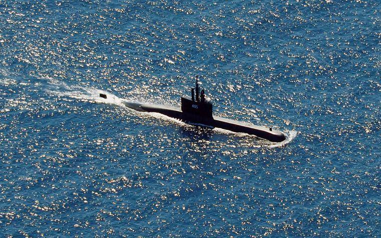 Een duikboot van de Indonesische marine helpt bij de zoekactie. Beeld AP