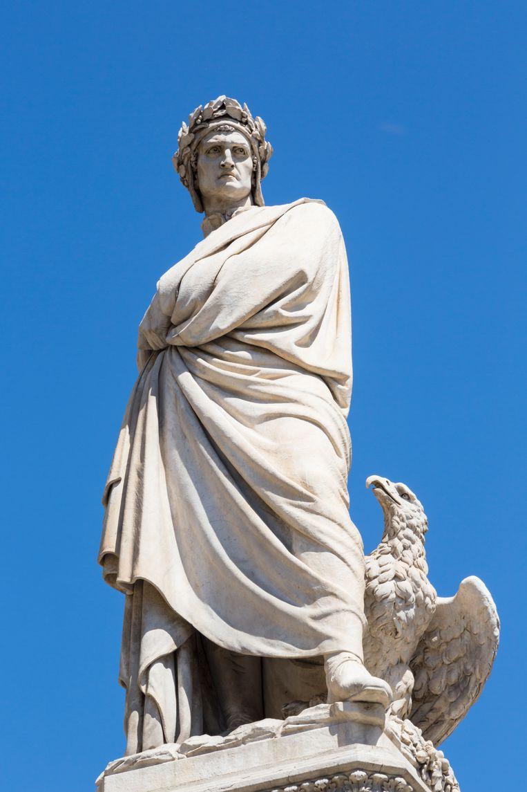 Een standbeeld van Dante Alighieri in Florence. Beeld Universal Images Group via Getty