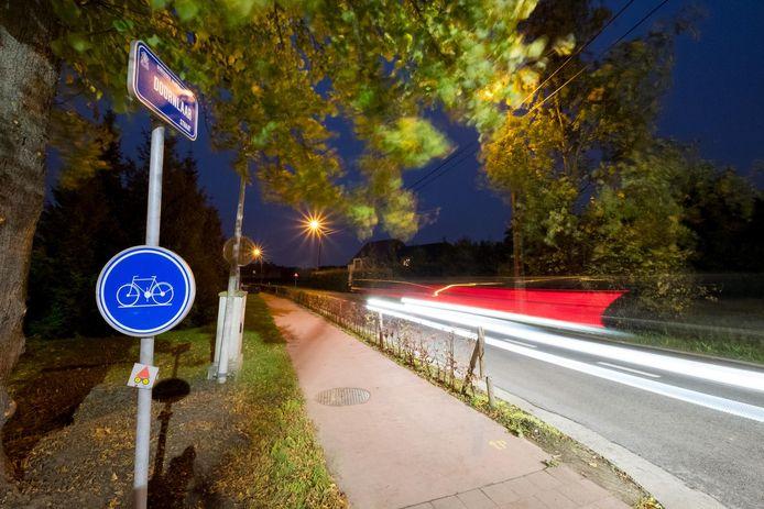 In de Doornlaarstraat in Bonheiden wordt volgens de buren regelmatig te snel gereden.