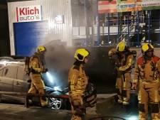 Auto's in brand aan Hofstraat in Honselersdijk