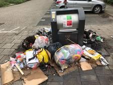 Zwerfafval in brand gestoken in Enschede
