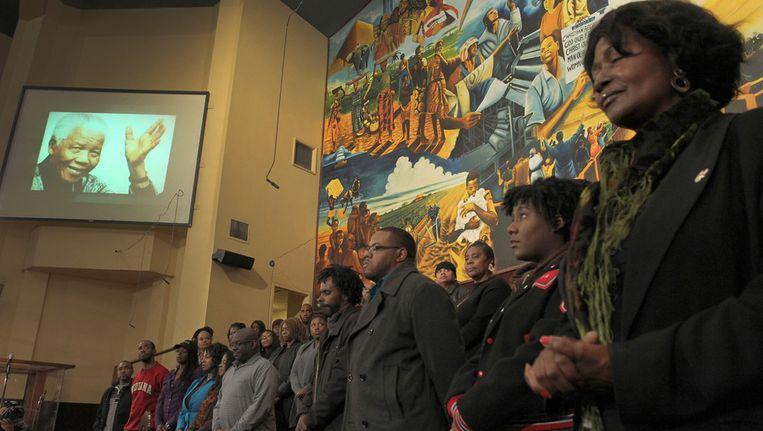 Een kerkdienst ter ere van Mandela in Los Angeles. Beeld afp