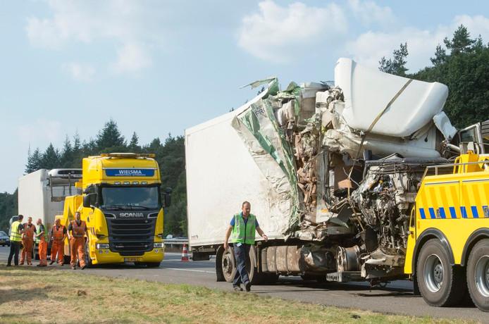 Ongeval met vrachtwagen op de A1.