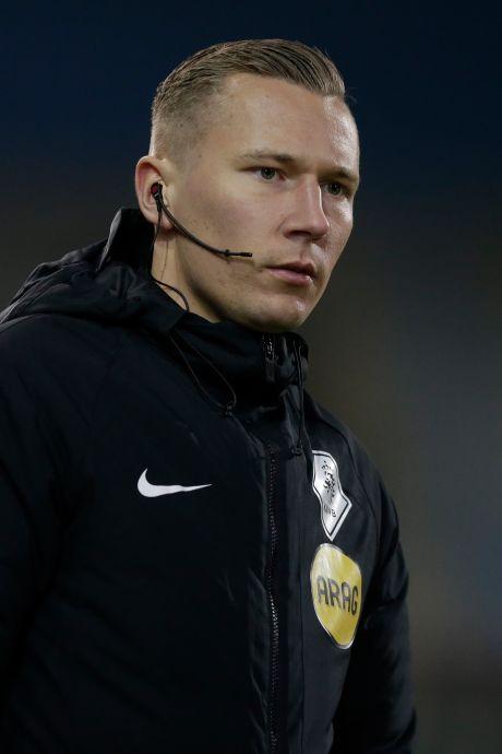 Van dichte poort in Beltrum naar het betaalde voetbal: Arbiter Martijn Vos maakt entree in profwereld