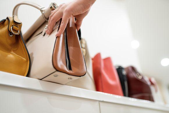 Met deze tassen ben je geen fortuin kwijt en hoef je je niet schuldig te voelen als je er meer dan 1 koopt.