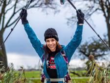 Liezel gaat de Kilimanjaro beklimmen voor War Child: 'Mijn dochter is bang dat ik van de berg af val'