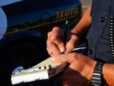 Automobilist rijdt met 240 over de A59, moet rijbewijs inleveren en krijgt flinke boete