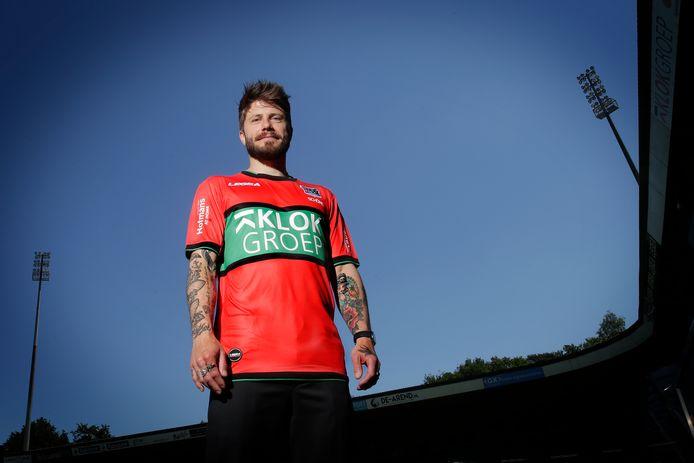 Lasse Schöne is terug in het Goffertstadion. De Deen maakt na negen jaar zijn rentree bij NEC.