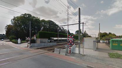 Drie illegalen aangetroffen in station van Belsele