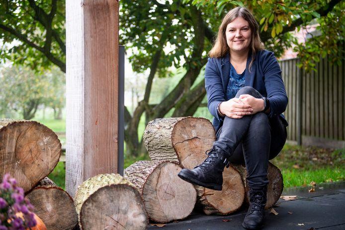 Hanneke Plaggenmars reist binnenkort af naar Lesbos om daar als vrijwilliger in een vluchtelingenkamp te werken.
