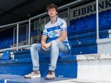 Rav van den Berg (16) blijft ondanks interesse PEC Zwolle trouw: 'Smaakt naar meer'