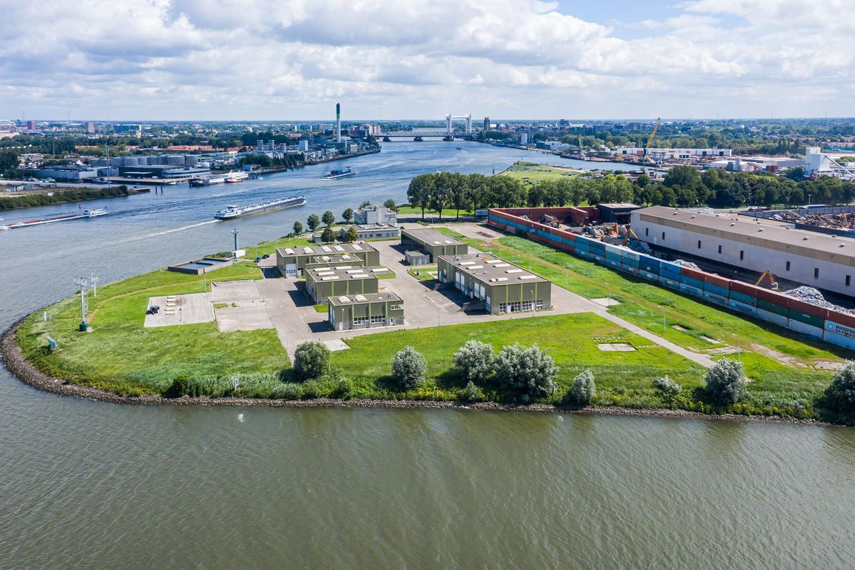 HVC verkoopt het bedrijfsterrein op de kop van het Duivelseiland in Dordrecht aan Borghese Logistics voor de bouw van een nieuw distributiecentrum.