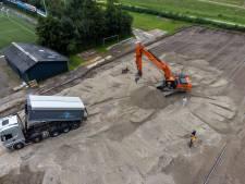 Go-Ahead Kampen lost waterprobleem zelf op met extra kunstgrasveld